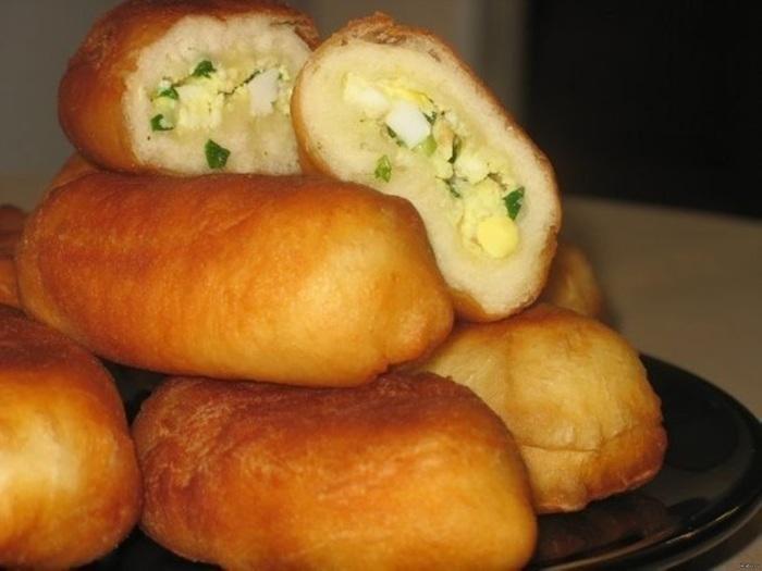 Пирожки с луком и яйцом рецепт жареные пошаговый рецепт с фото