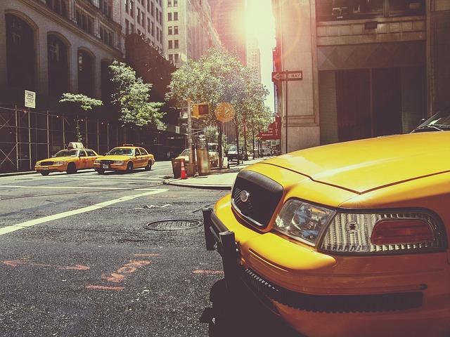 taxi-238478_640[1]