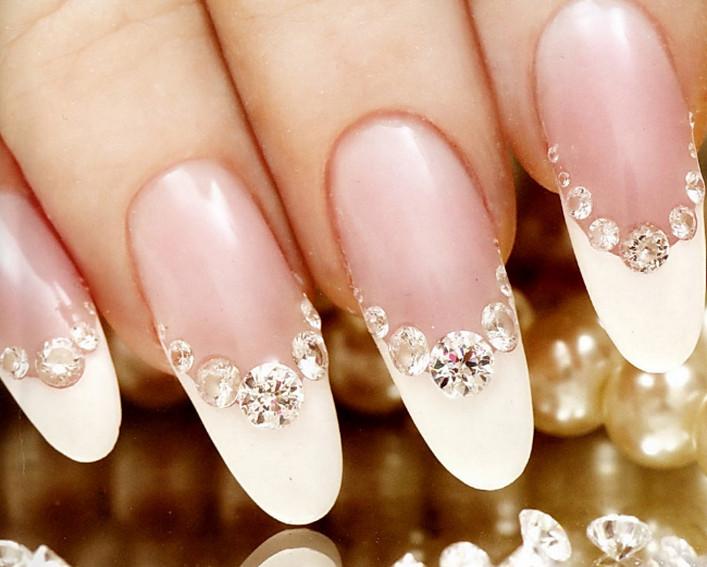 Маникюр на свадьбу невесте на короткие ногти фото
