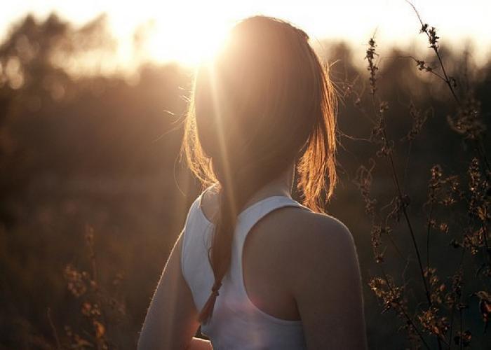 Фото красивых девушек брюнеток вид с зади фото 756-431