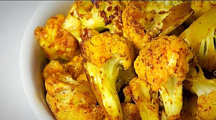 Жареная цветная капуста на сковороде