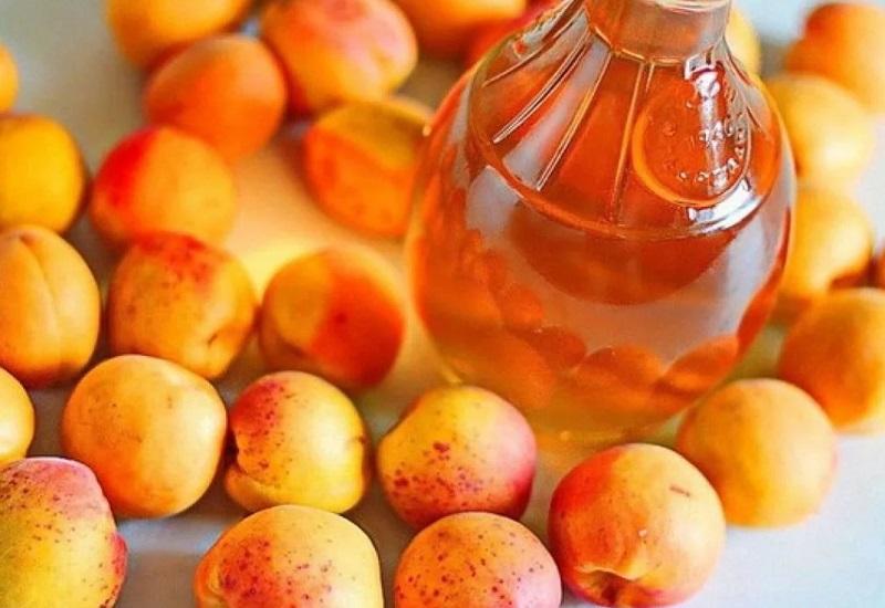 Настойка из абрикосов на спирту