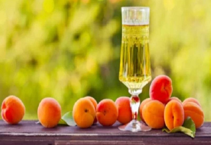 Настойка из абрикосов на водке в домашних условиях