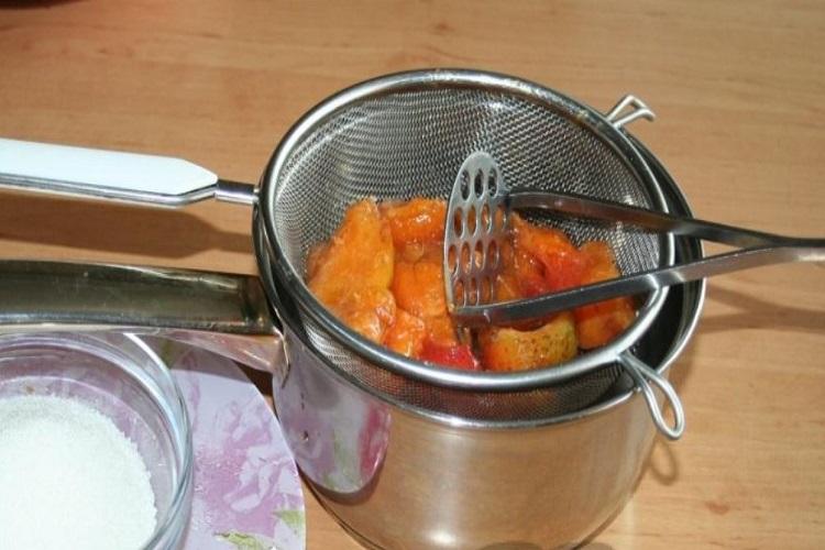 сделать абрикосовое пюре